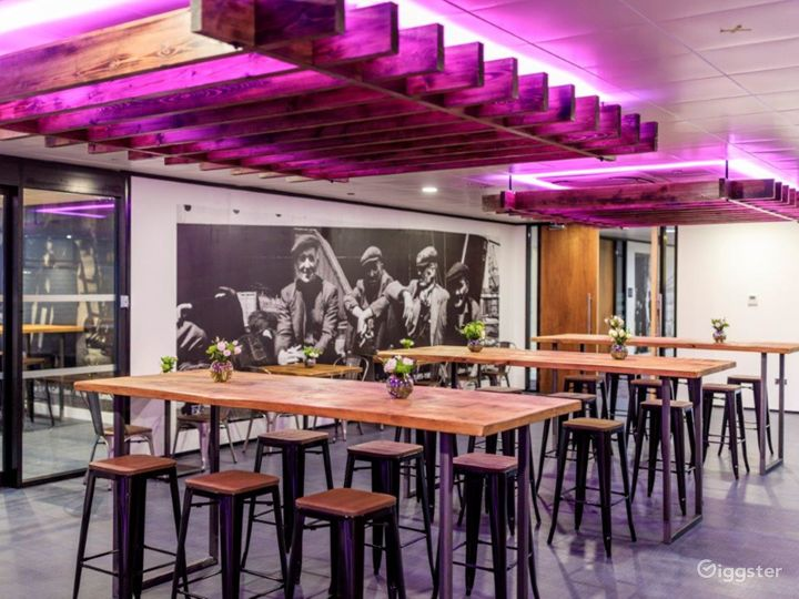 Event space in Docklands Photo 3