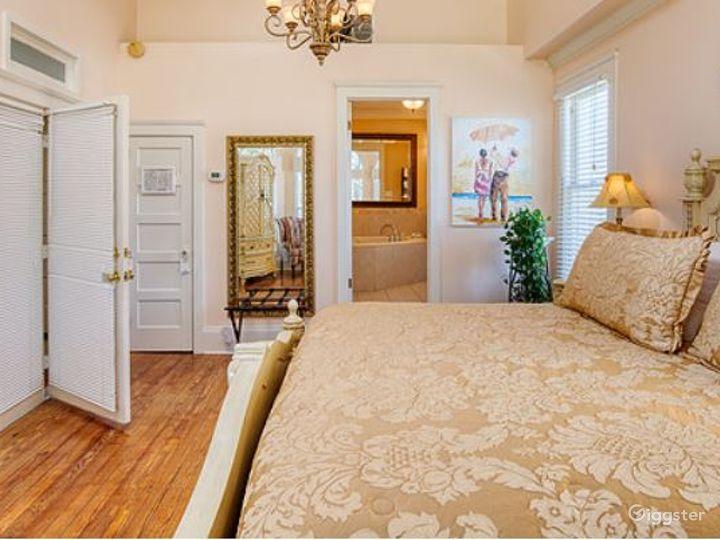 Romantic River Inn Suite Room  Photo 5