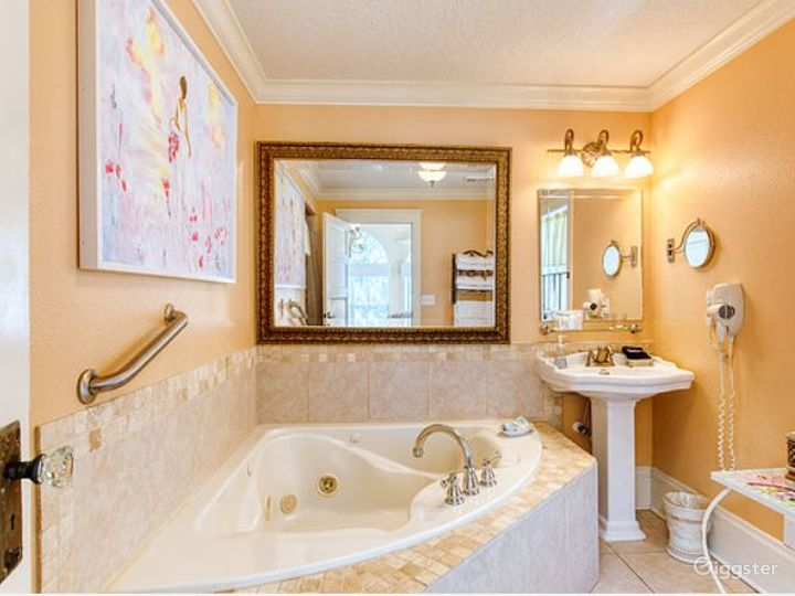 Romantic River Inn Suite Room  Photo 2