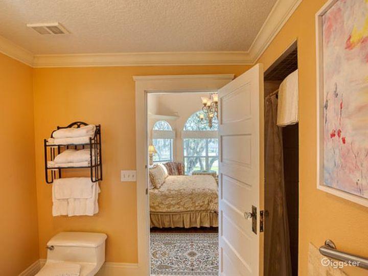 Romantic River Inn Suite Room  Photo 4