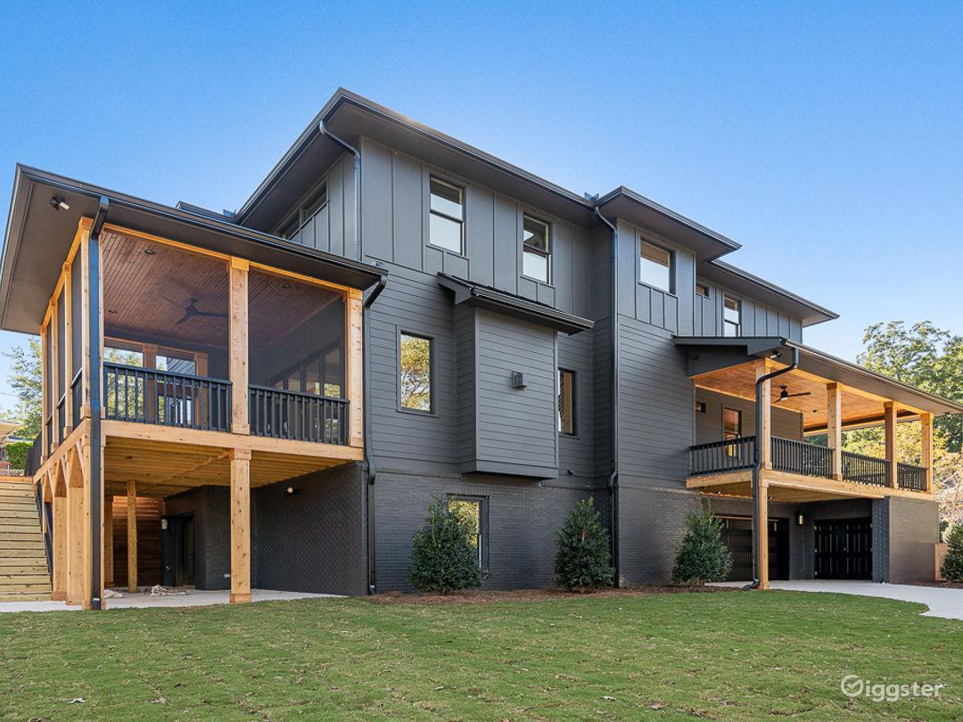 Brand New Modern Farmhouse in Atlanta Photo 1