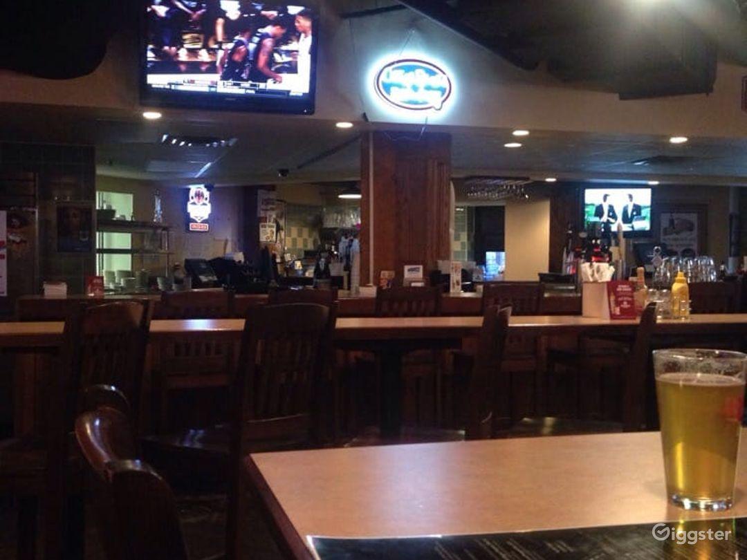 Atmospheric Pub Event Venue in Minneapolis Photo 1