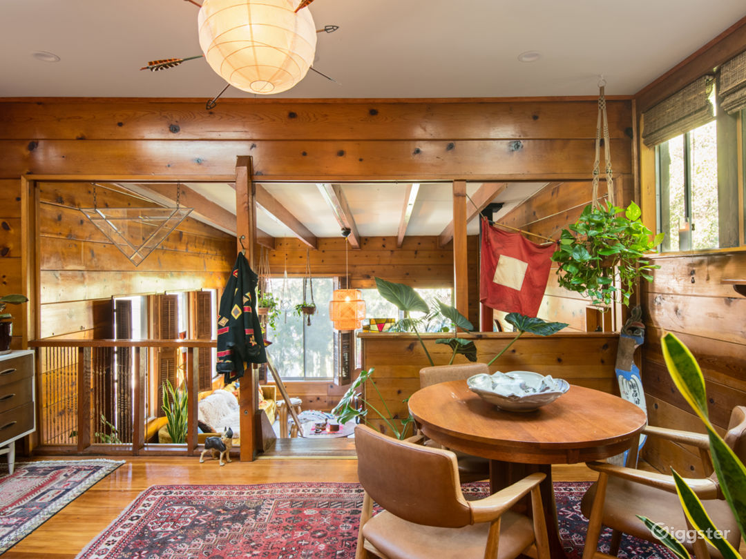 Rustic Wood Cabin in Natural Oasis Photo 5