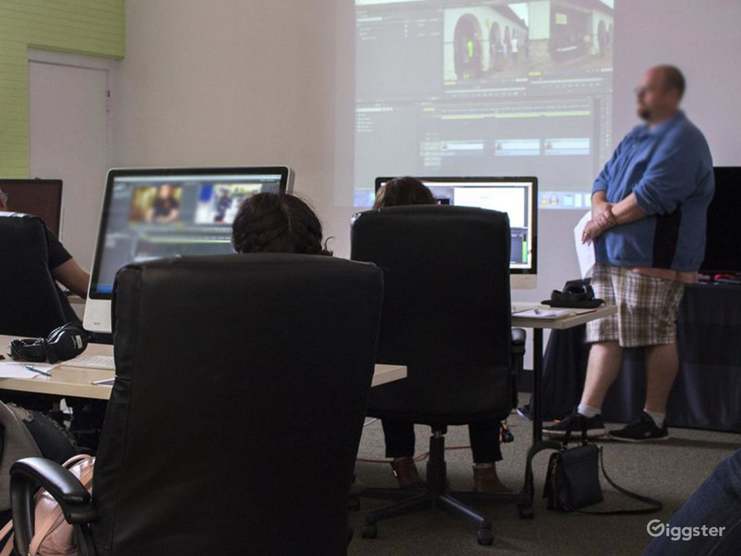 Well-Equipped Edit Bays in Gilroy Photo 1