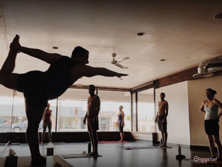 Spacious and Relaxing Yoga Studio Photo 2