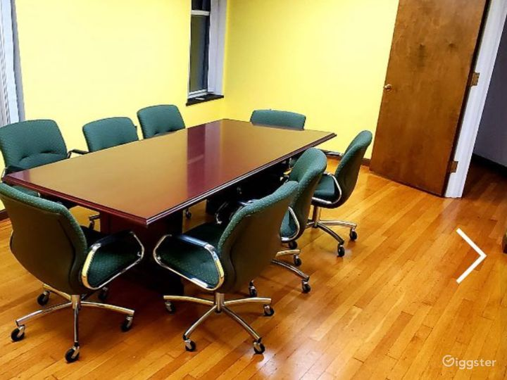 Spacious Conference Room in Downtown Photo 2