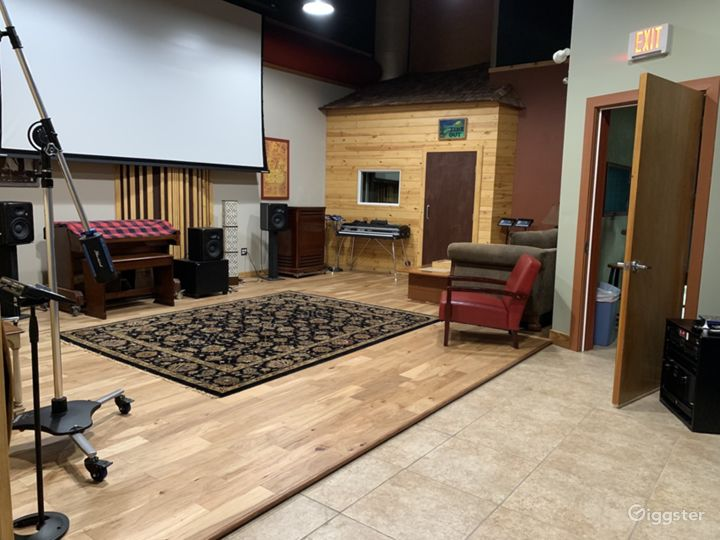 State of the Art Recording & Streaming Studios in Central Orlando