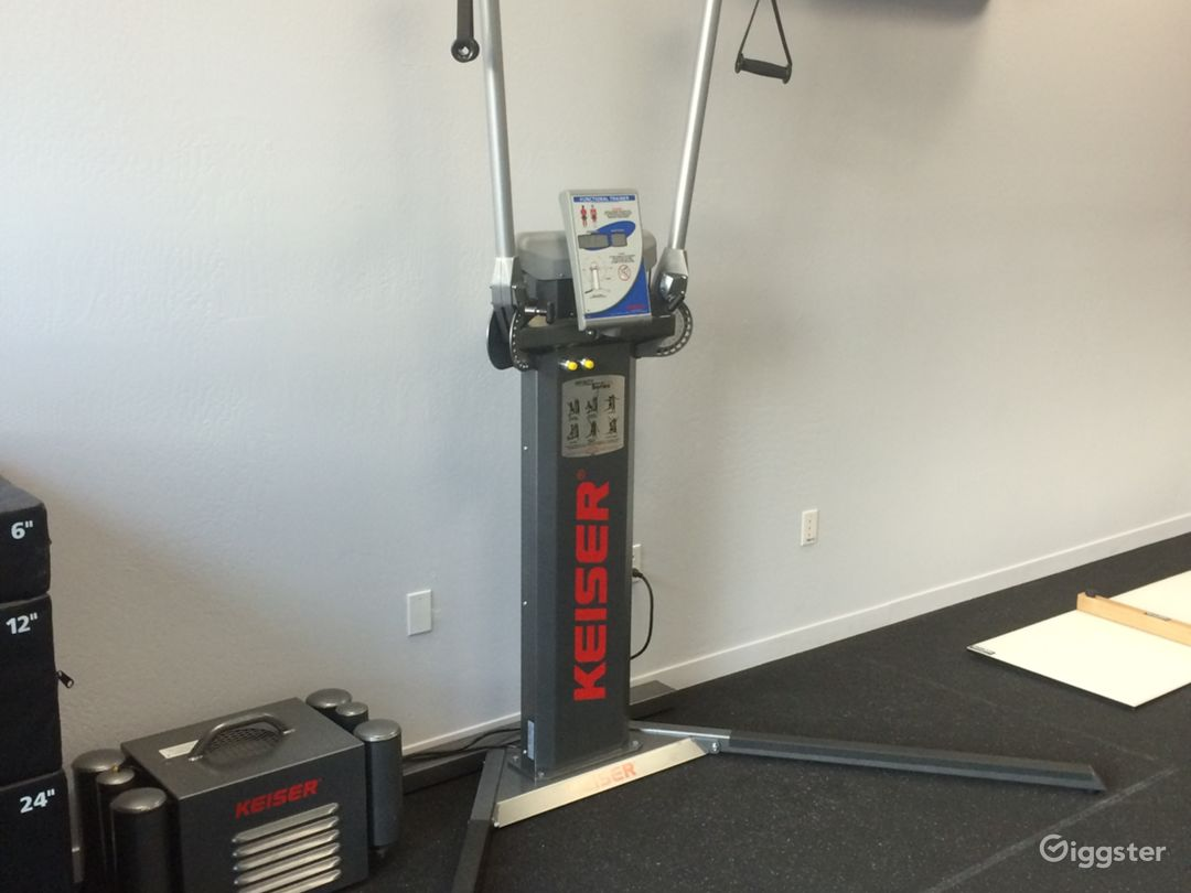 Small Fitness Studio Photo 4