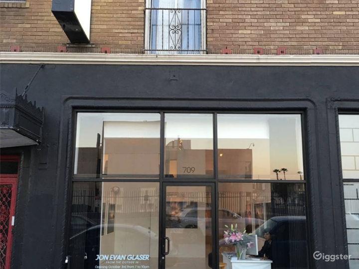 Urban Film Retail Space Next to Netflix Studios Photo 4