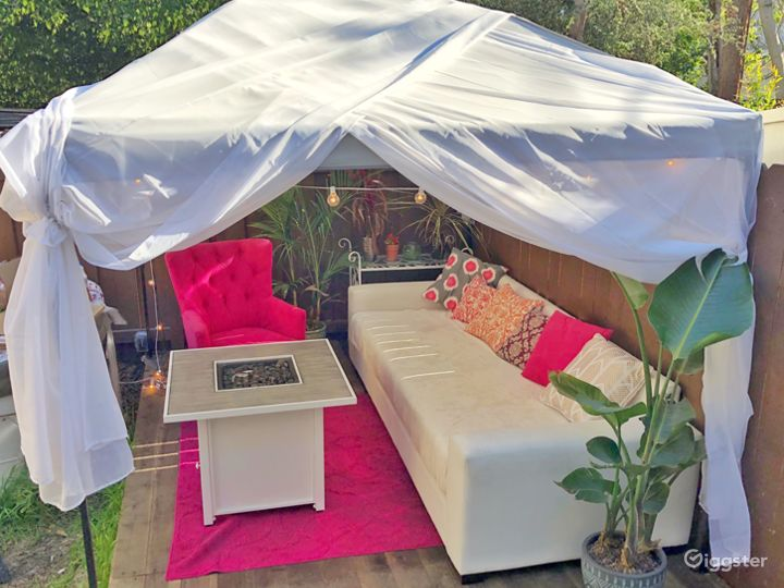 Boho LA Townhouse -Backyard, Hot Tub & Guest House Photo 2