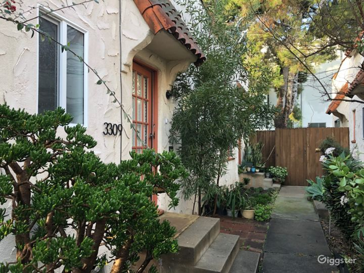 Boho LA Townhouse -Backyard, Hot Tub & Guest House Photo 5