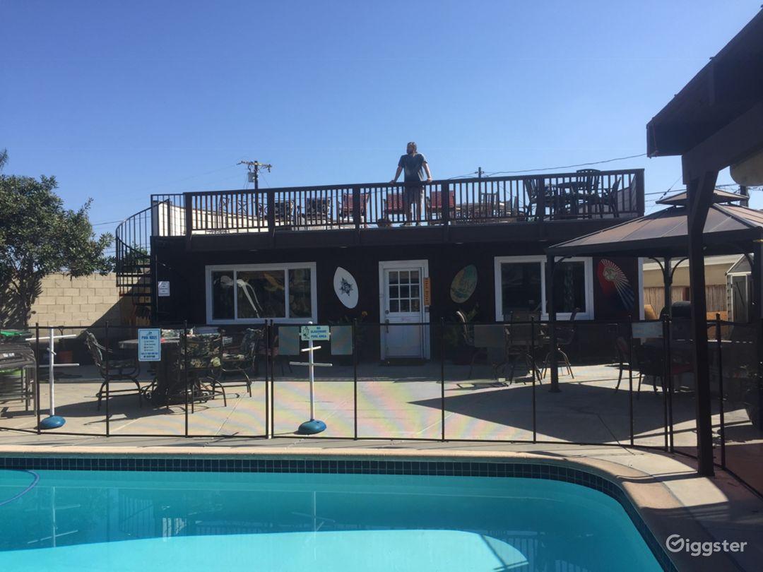 The Beach House with a huge sundeck!