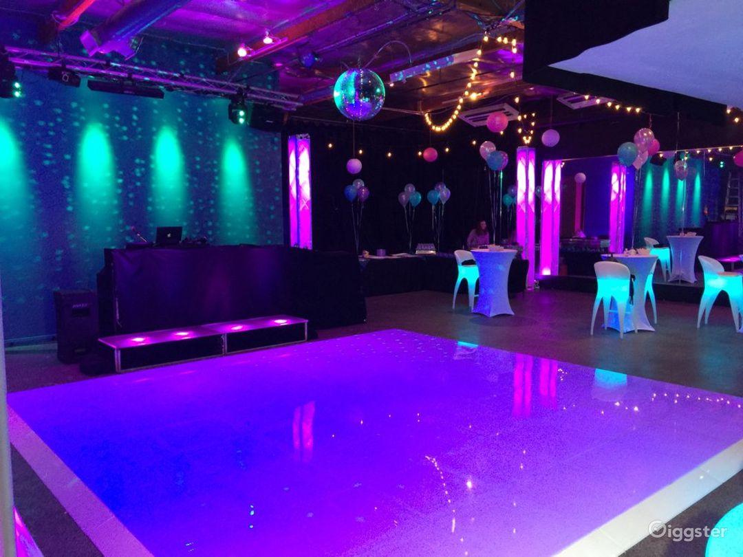 Light up Lounge & LED Dance floor Photo 1