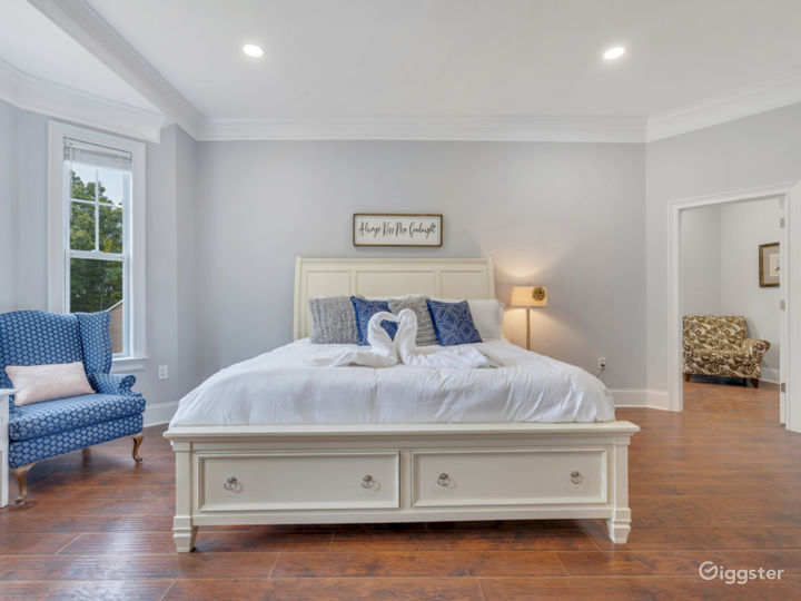 Luxury in the City | Charlotte Vacation Rental Photo 5