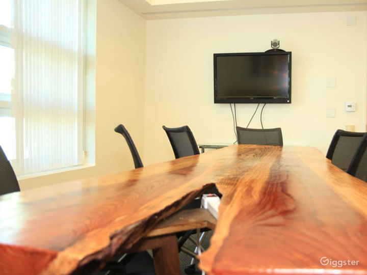 Large Conference Room in Santa Monica Photo 4