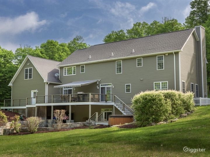 Private American Mansion on Wooded Backdrop Photo 3
