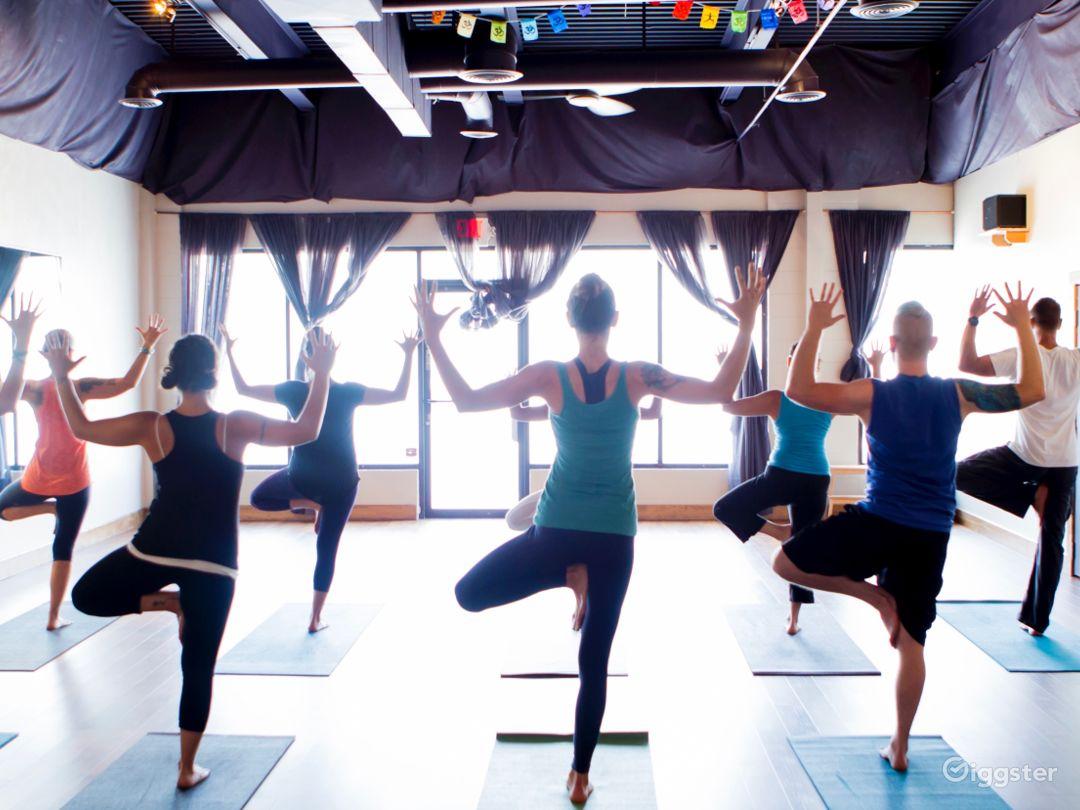Warm and Upscale Yoga Studio in Colorado Photo 1