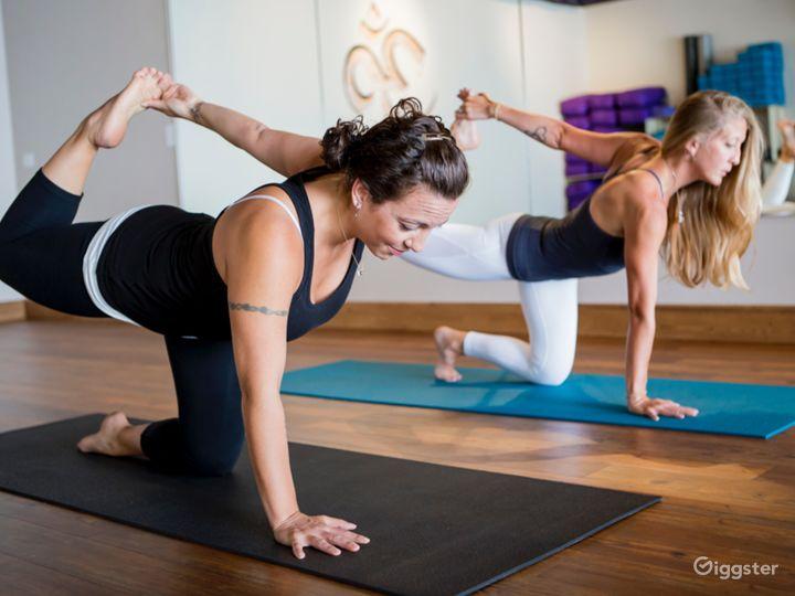 Warm and Upscale Yoga Studio in Colorado Photo 4