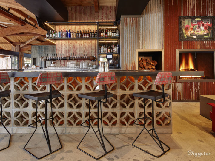 Modern, Rustic, Restaurant Event Space  Photo 5