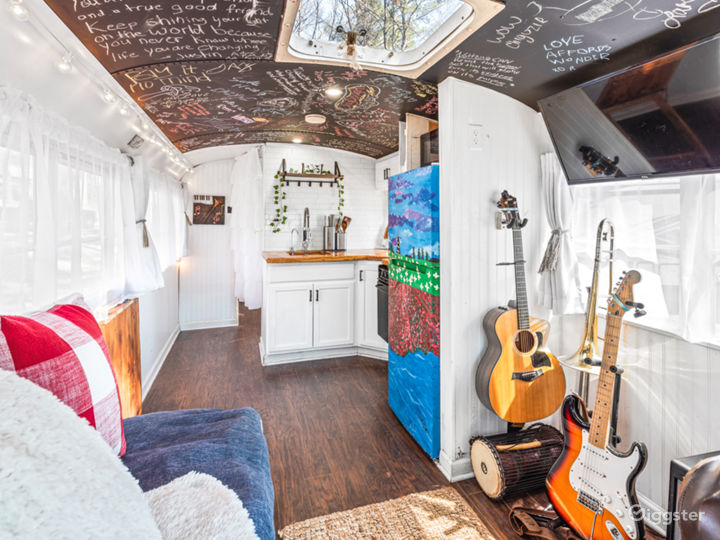 Mobile TinyHome With Tons of Natural Light. Photo 2