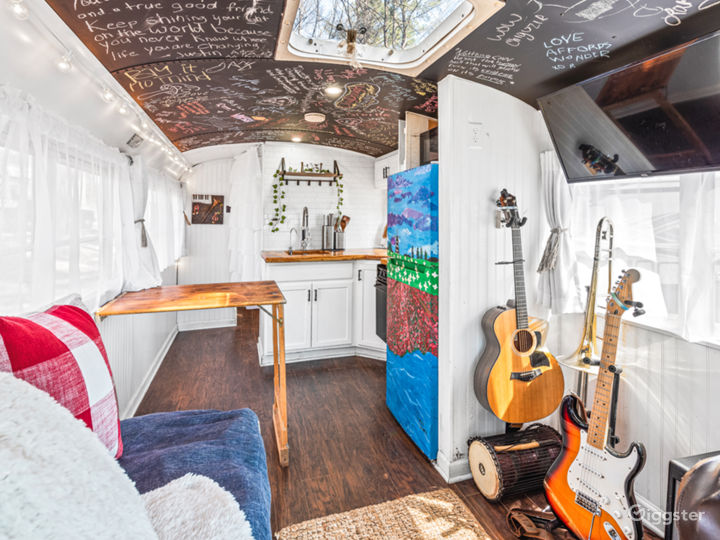 Mobile TinyHome With Tons of Natural Light. Photo 4