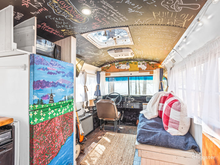 Mobile TinyHome With Tons of Natural Light. Photo 5
