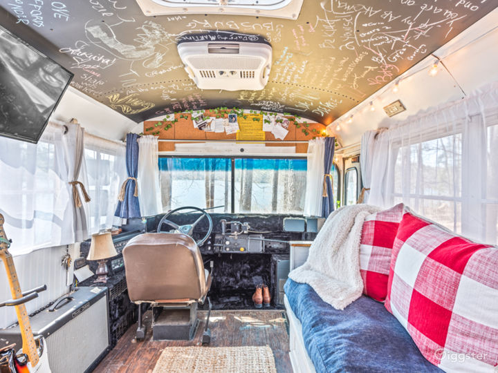 Mobile TinyHome With Tons of Natural Light. Photo 3