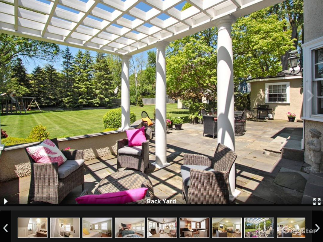 Gorgeous very big back yard and huge patio