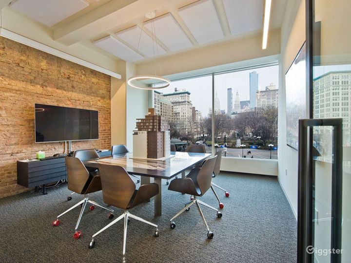 Fully Dressed Office Space in Union Square Photo 5