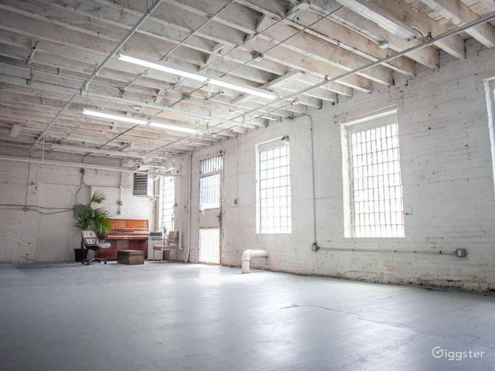 Bright, Quiet Ground Floor Loft