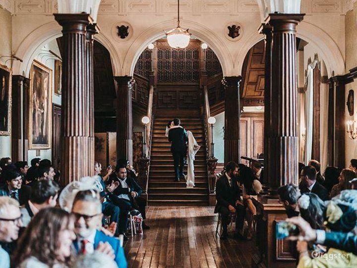 Stunning Grand Hall in Staffordshire Photo 2