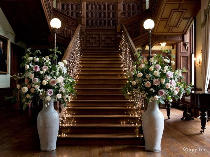Stunning Grand Hall in Staffordshire Photo 4