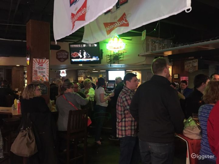 Classy Pub Event Venue in Minneapolis (BUYOUT) Photo 4