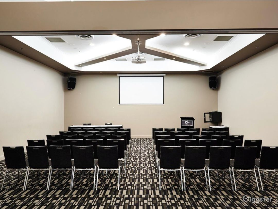Incomparable And Quiet Meeting Room Photo 1