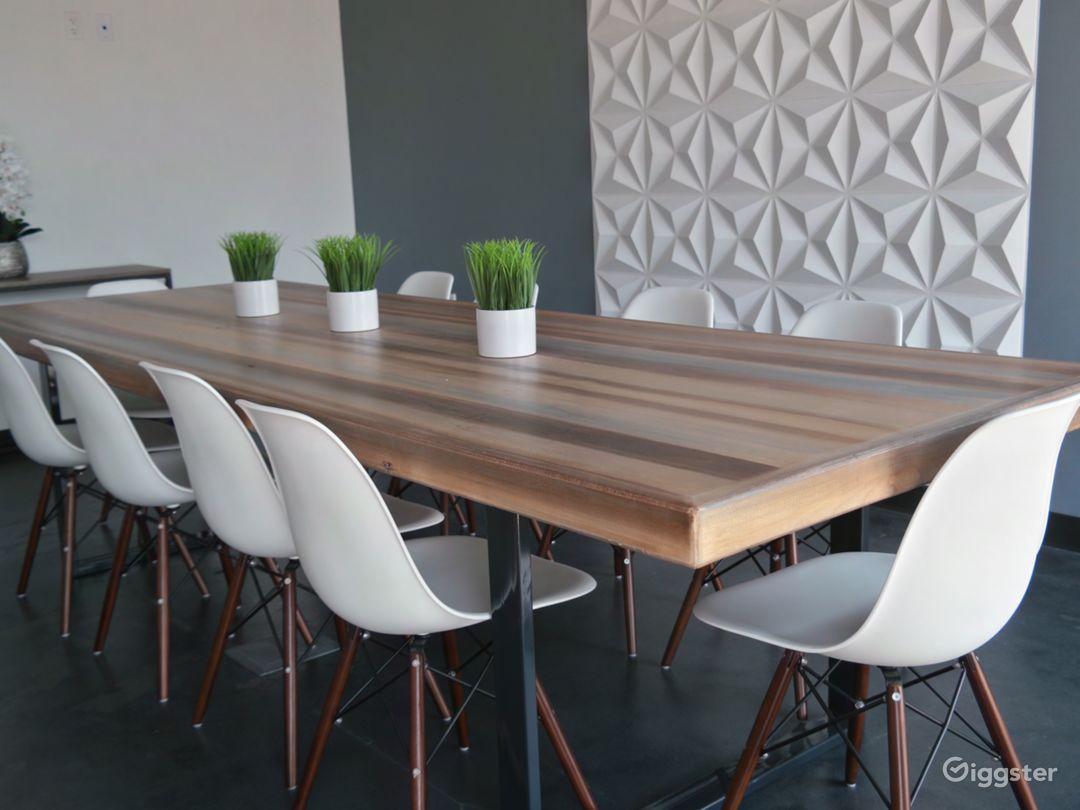 Contemporary Meeting Space in Vista, CA Photo 1