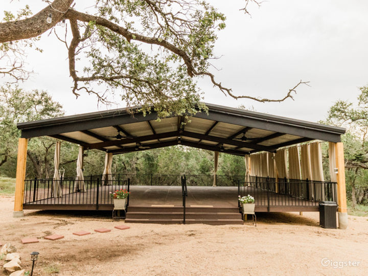 Outdoor pavilion with electricity