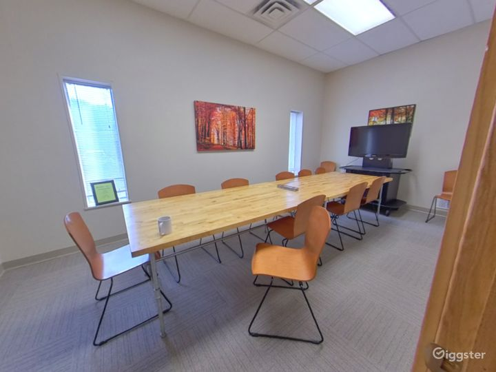 The Fall Conference Room Photo 2
