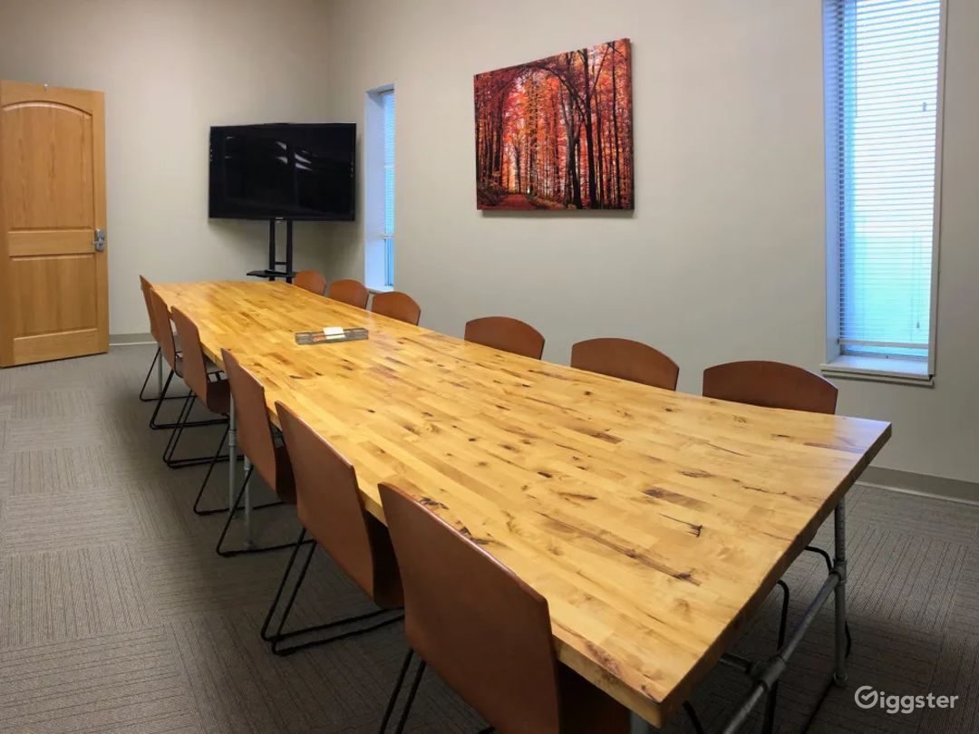 The Fall Conference Room Photo 1