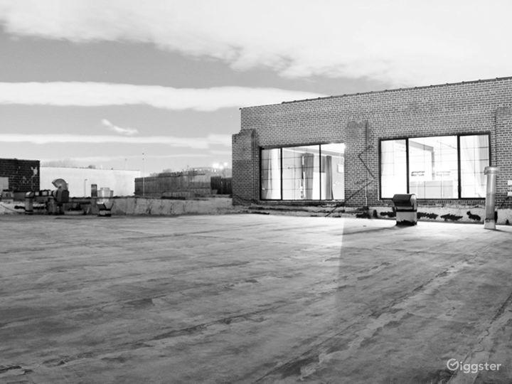 Versatile Rooftop & Deck Photo 4