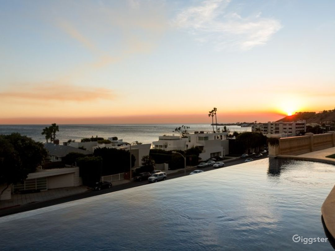 Malibu Mediterranean Escape Photo 5