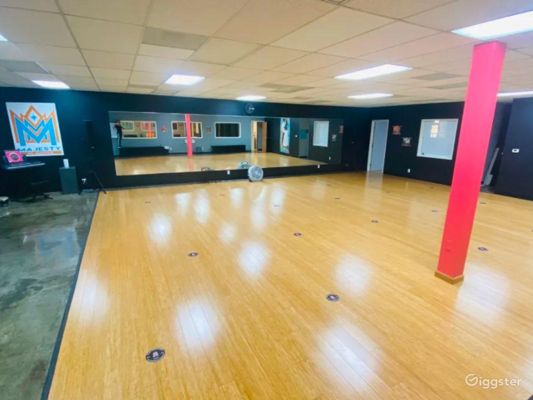 High-Energy Performance Dance Studio in San Diego Photo 1