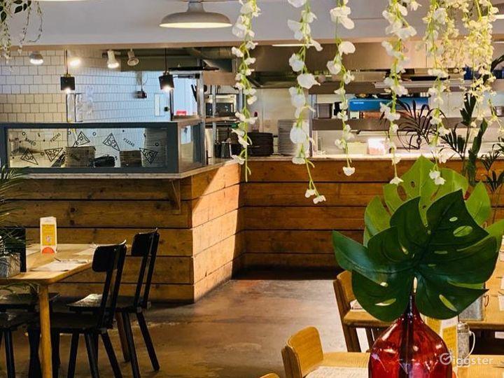 Contemporary Restaurant & Bar in Chelmsford Photo 3