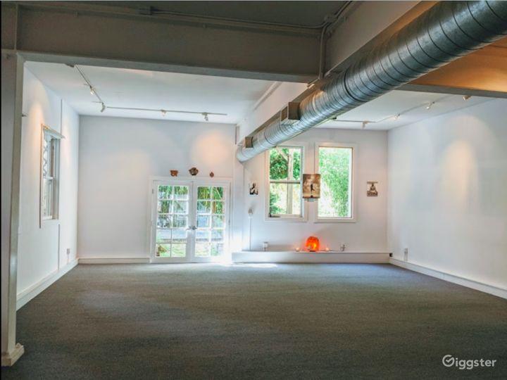 Spacious and Bright Studio in San Francisco Photo 3