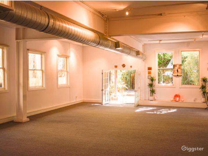 Spacious and Bright Studio in San Francisco Photo 2
