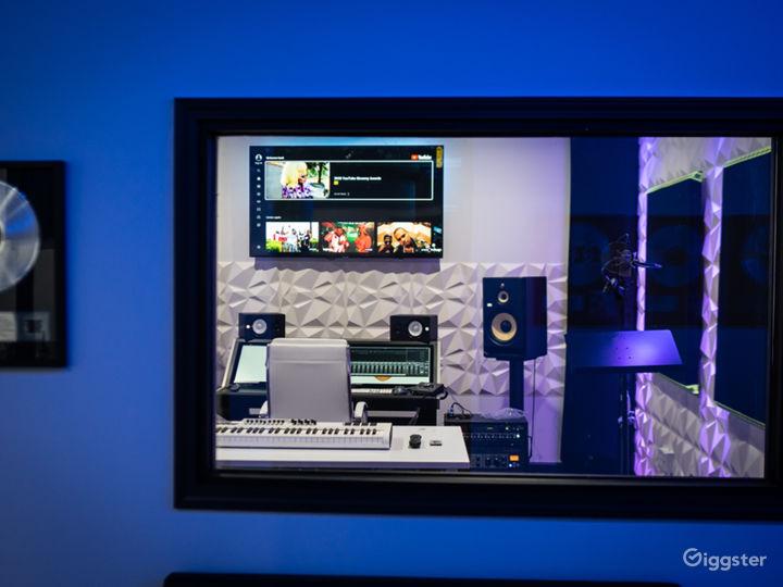 Music Studio on Miami Circle Photo 5