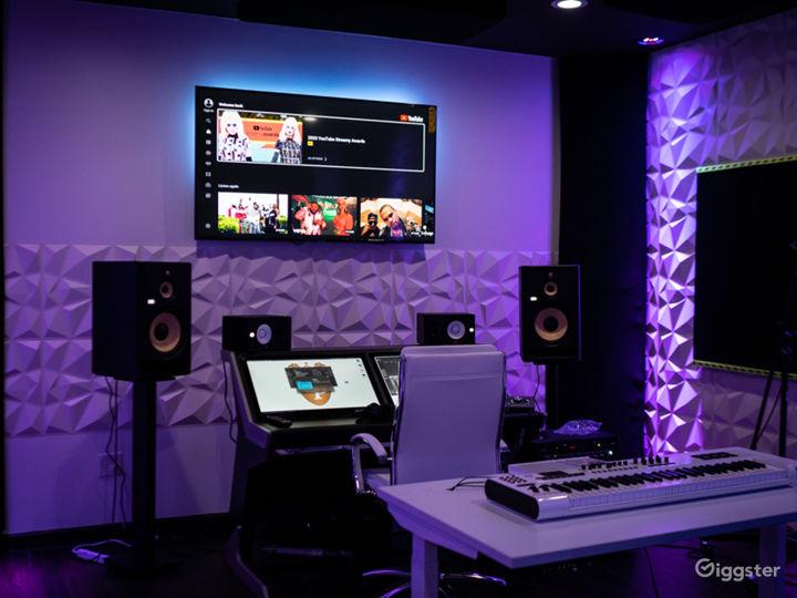 Music Studio on Miami Circle Photo 2