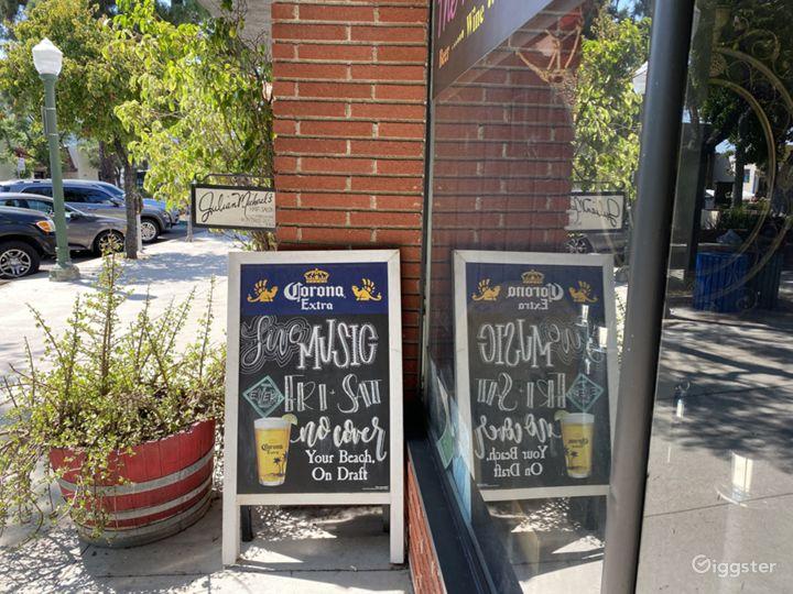 Wine bar located in Glendale Photo 3