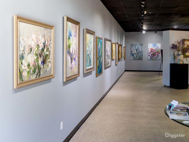 Spacious Art Gallery Photo 2