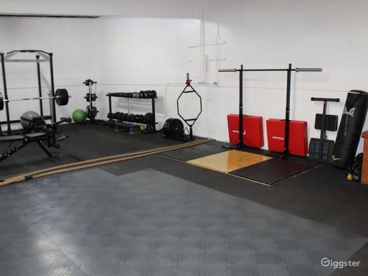 Gym – Strength and Conditioning Training Facility Photo 5