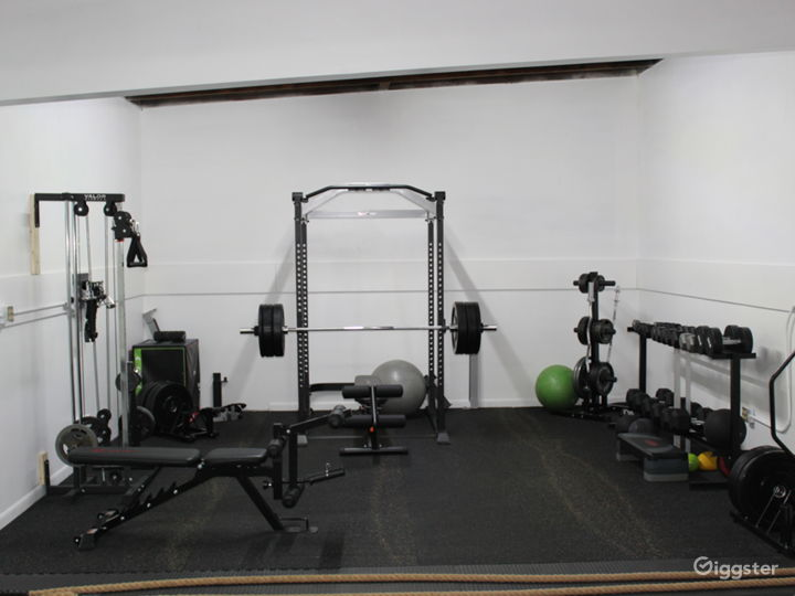 Gym – Strength and Conditioning Training Facility Photo 3